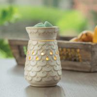 Scalloped Vase Illuminated Wax Warmer